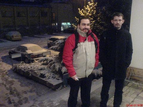 Ako sme sa s Valerom zo snehu tešili.
