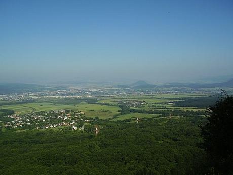 Thailon, Slanske vrchy