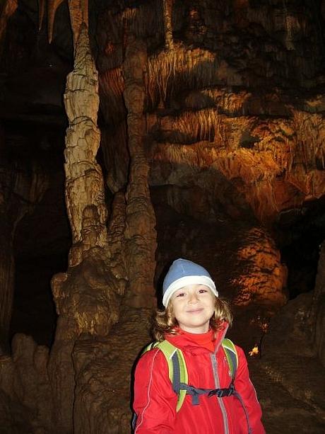 Laura, Jasovská jaskyňa