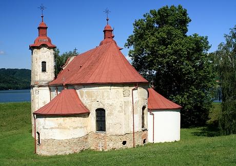 Barokovo-rokokový kostol Sv. Štefana Krála z roku 1780, Nová Kelča