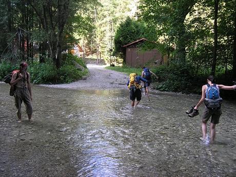 brodíme sa hádam 8°C vodou gaderského potoka (photo by bilulah)