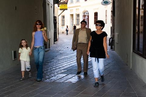 Laura & Rea & Tatko & Mama