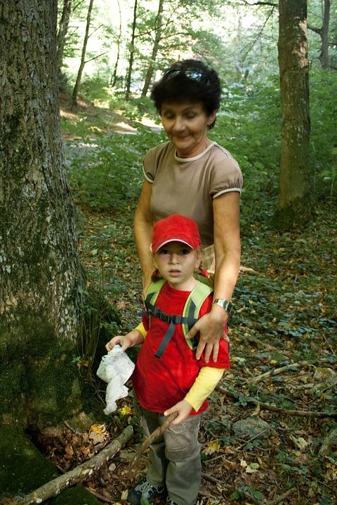 Laura a Mamka našli geocache Zadiel (ani som nestihol začať hľadať)