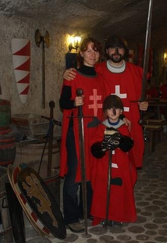 Rodina rytiera Thailon Le'Misovic.