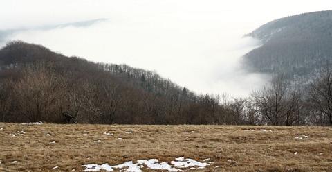 Zádielska planina, nad horárňou Zádiel, Slovenský kras