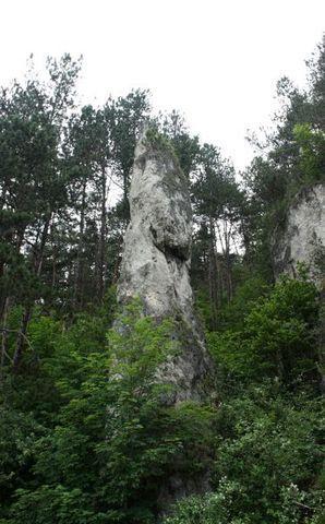 ... Poluvsianská skalná ihla v Poluvsi - skrytá a krásna ...