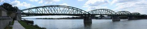 Alžbetin most, Komárno (panoráma)