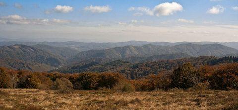 ... hreben Jasenova z Minčola ...