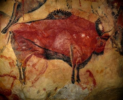 ... maľby v jaskyni Chauvet ...