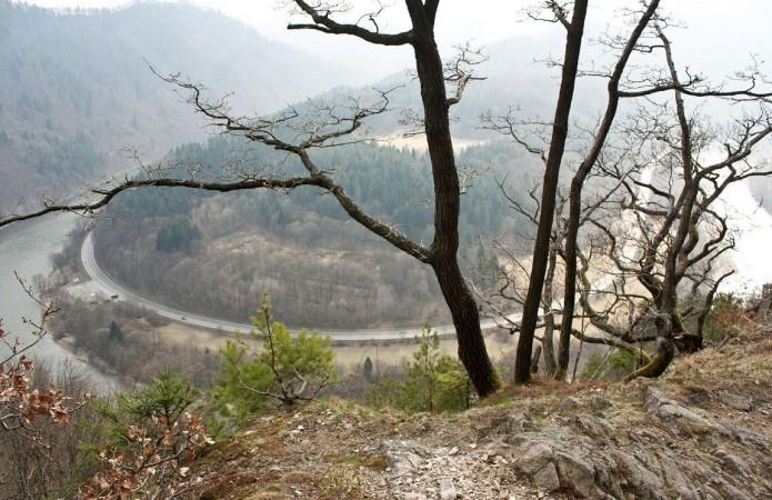 Domašínsky meander z hrebeňa Plesela (981m)