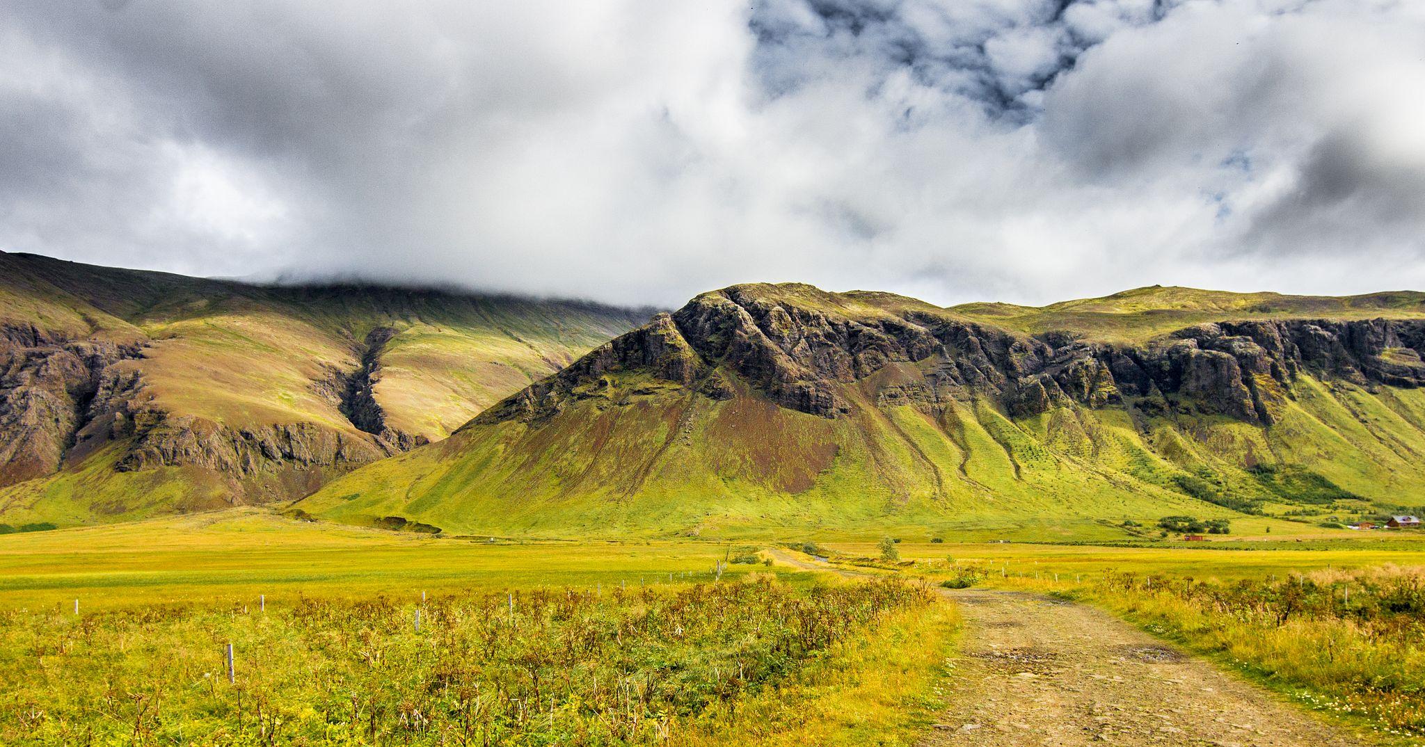 Kjalarnes, vulkán Esja