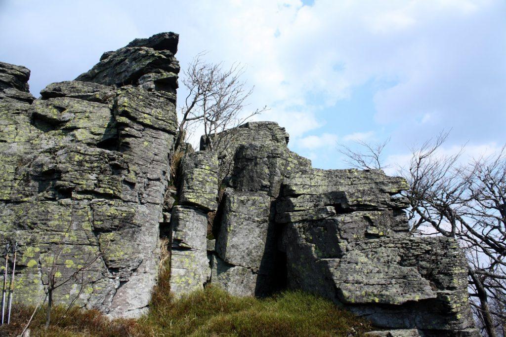Kláštorná skala, Vtáčnik